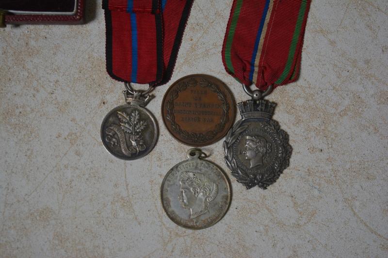 ensemble de medaille de la defense de St quentin Dsc_0114