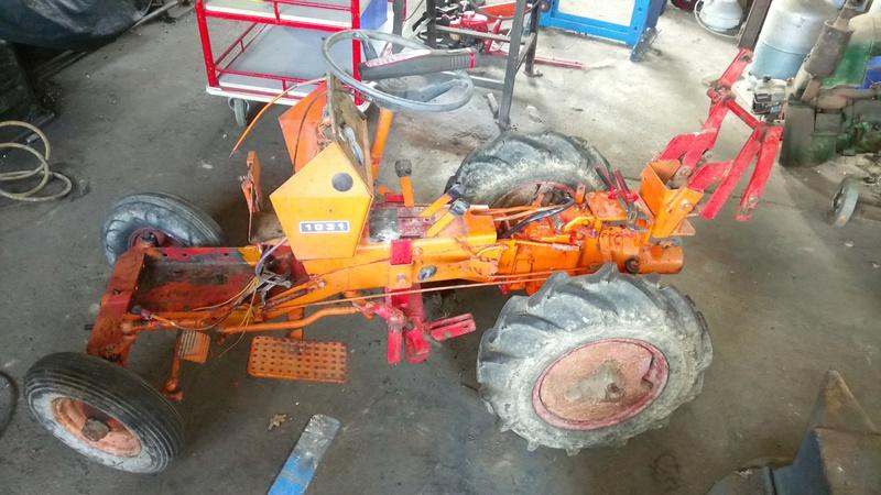 TRACTEUR - Micro-tracteur Motostandard 1031, bientot dans la cour Dsc_0613