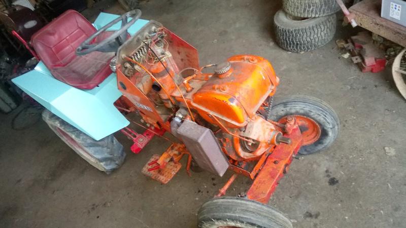 TRACTEUR - Micro-tracteur Motostandard 1031, bientot dans la cour Dsc_0614