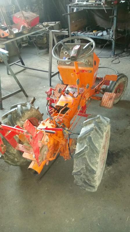 TRACTEUR - Micro-tracteur Motostandard 1031, bientot dans la cour Dsc_0615