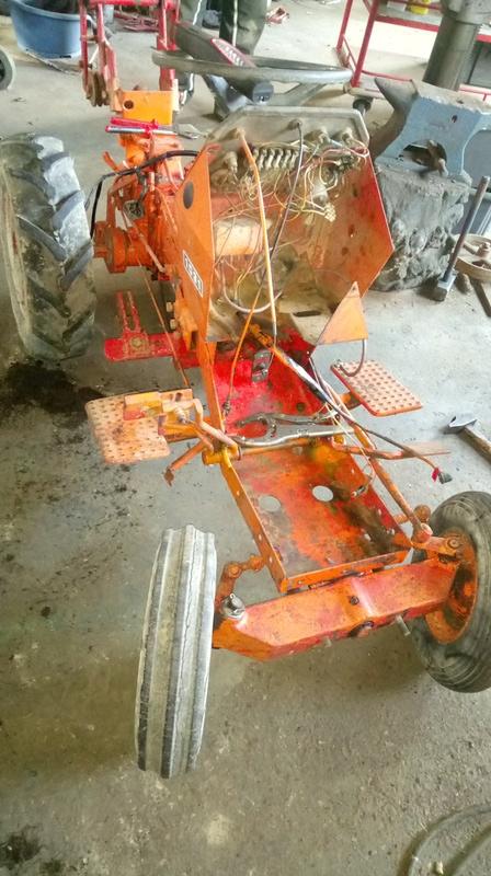 TRACTEUR - Micro-tracteur Motostandard 1031, bientot dans la cour Dsc_0616