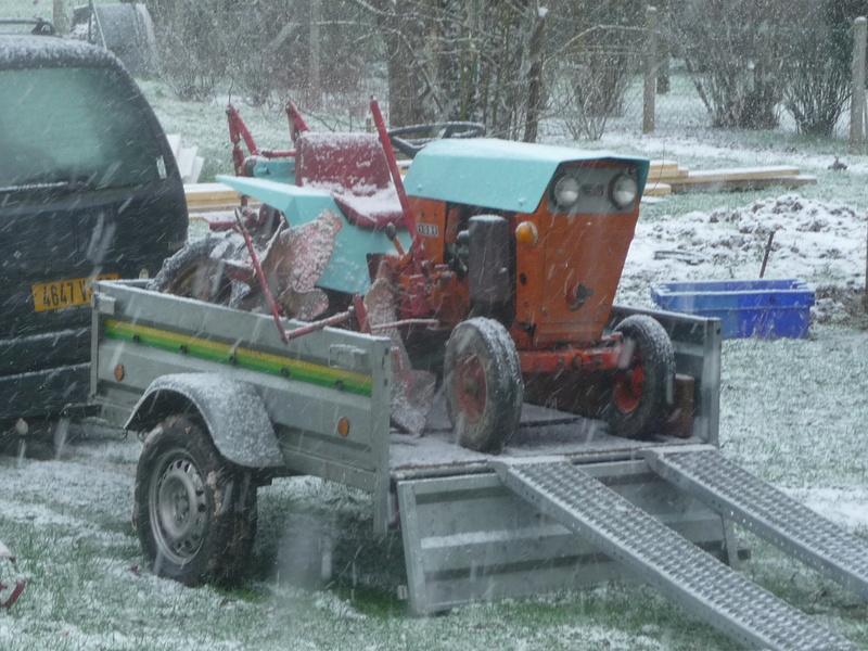 TRACTEUR - Micro-tracteur Motostandard 1031, bientot dans la cour P1100810