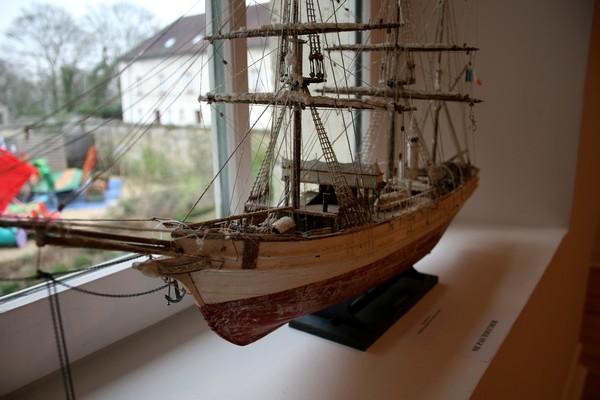 Pourquoi-Pas. Maquette 1/75e de Billing Boats Pourqu13