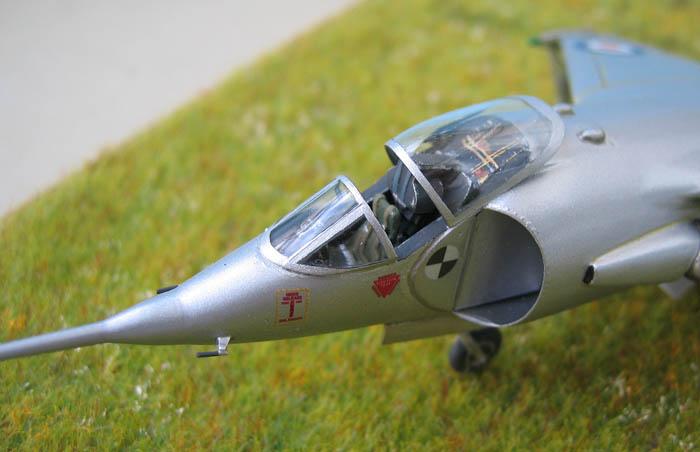 Hawker P1127 Prototype du célèbre Harrier bien connu - Base Airfix - 1/72. Harrie15