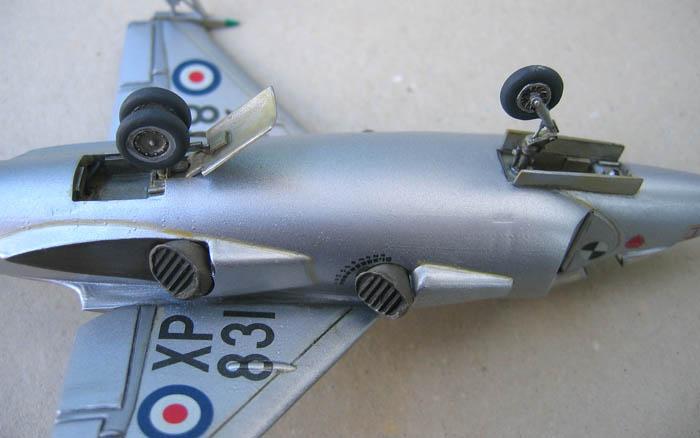 Hawker P1127 Prototype du célèbre Harrier bien connu - Base Airfix - 1/72. Harrie20