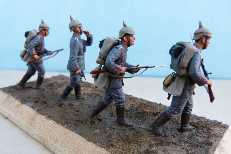 Assaut allemand en 1914  Revell (ICM) 1/35 Infant22