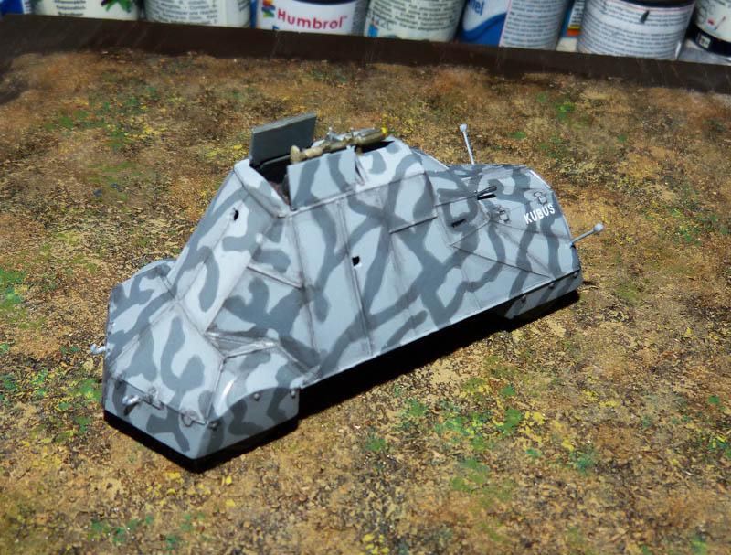 """Kubus"" blindé improvisé polonais à Varsovie 1944 - Mirage Hobby - 1/72. Kubus_13"
