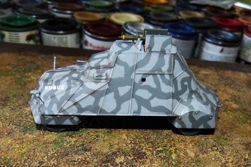 """Kubus"" blindé improvisé polonais à Varsovie 1944 - Mirage Hobby - 1/72. Kubus_14"