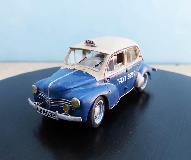 """Renault 4CV """"Taxi de Saigon"""" - Heller - 1/43. Taxisa13"""