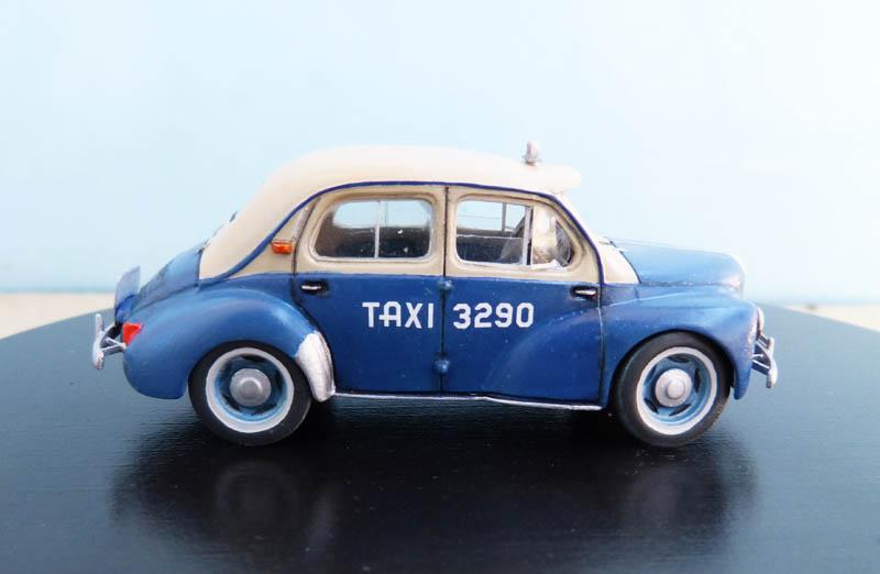 """Renault 4CV """"Taxi de Saigon"""" - Heller - 1/43. Taxisa17"""