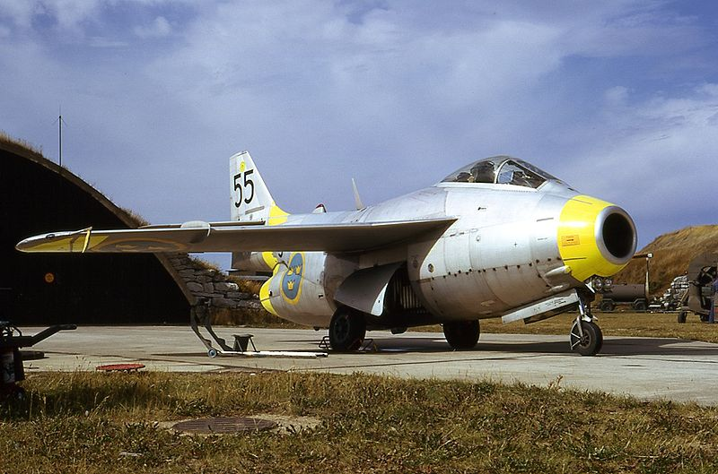 [HELLER] Saab TUNNAN J29 -1:72e ref 80260 Tunnan12