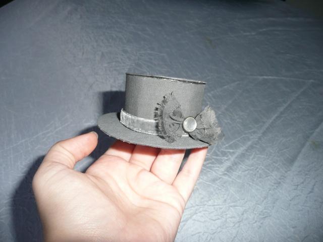 Chapeau, gateaux...On va prendre le thé ?  ♥  EDIT crinoline P1030414