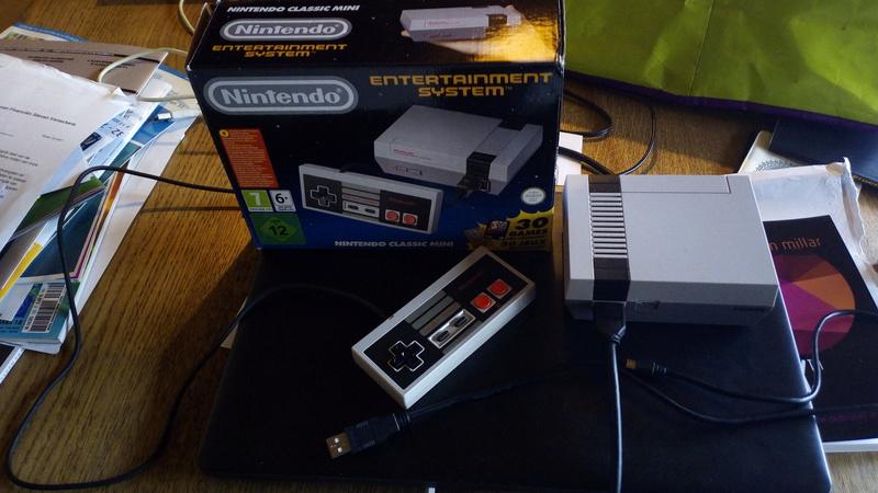 [ESTIM] NES Mini Classic Img_2010
