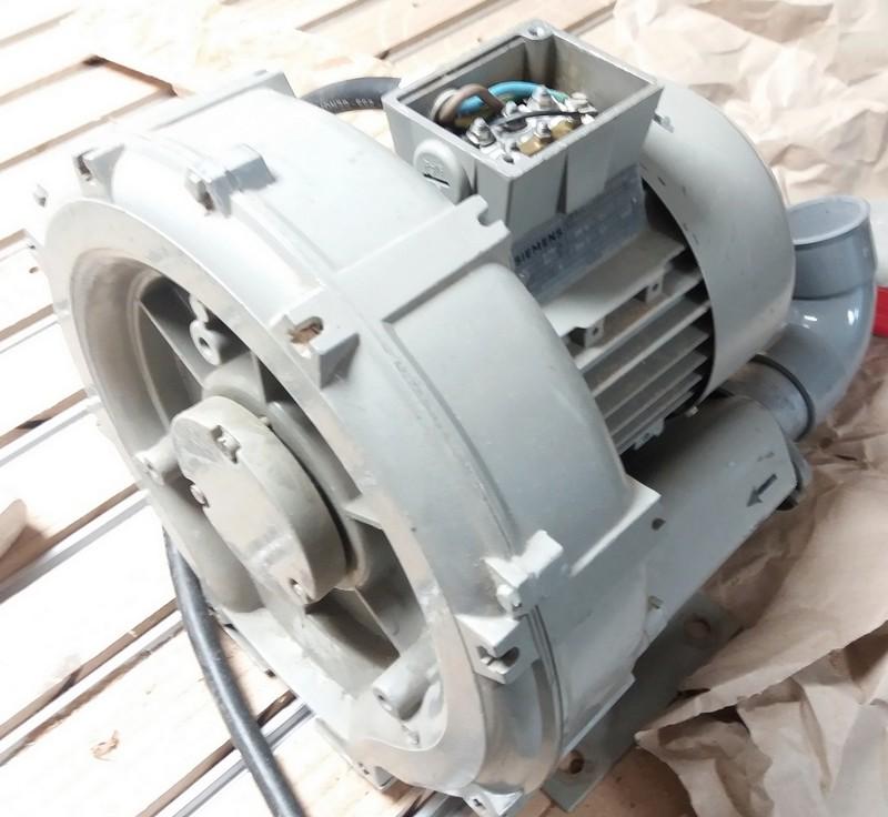 Transformation pompe à vide 380 V en 220 V 20180518