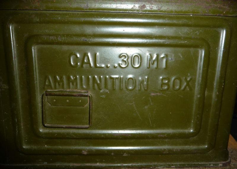 Estimation boite de munition américaine.  P1020016