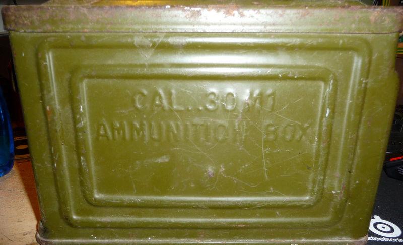 Estimation boite de munition américaine.  P1020017