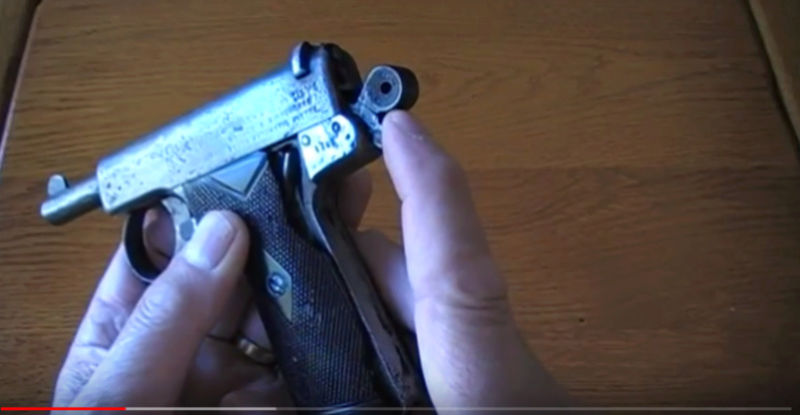 Pistolet Webley & Scott modèle 1905 0310