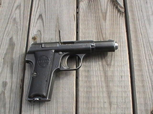 Pistolet Astra 300 Pic_2917