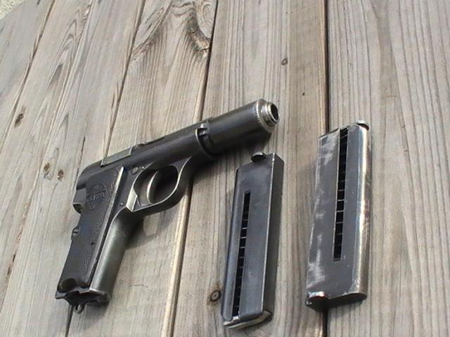 Pistolet Astra 300 Pic_2921