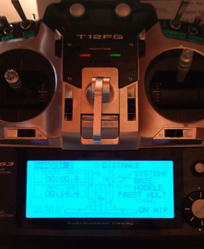 A vendre émetteur Futaba T12FG et récepteurs 20180515