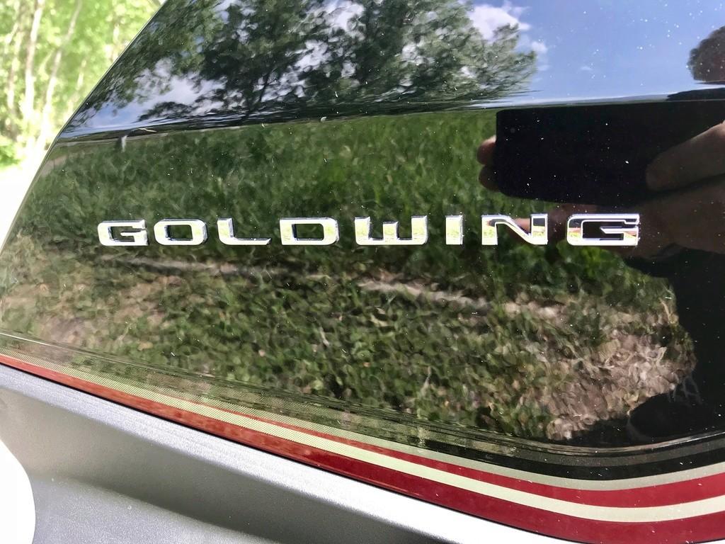 Jim essaie la Honda Gold Wing 1800 Touring DCT (2018) Img_3871