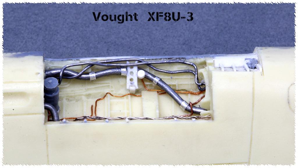Vought XF8U-3 CRUSADER III V-401 [1/72 - Anigrand] - Page 2 Img_3510
