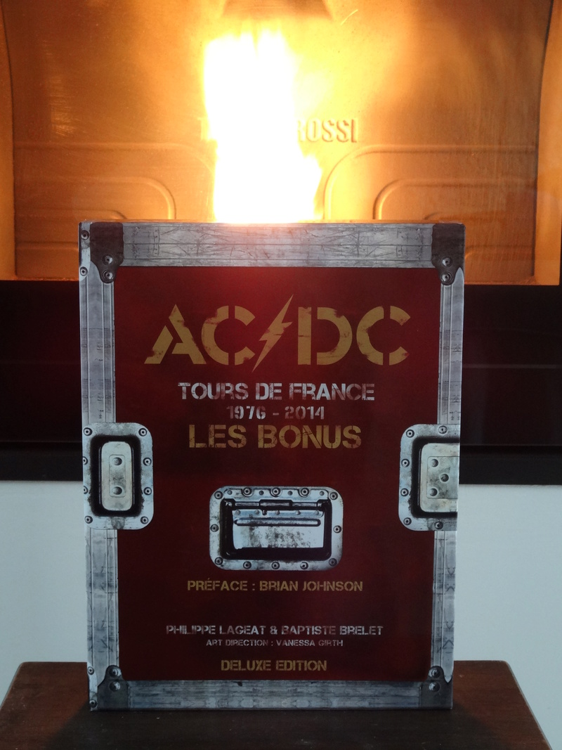 AC/DC - Page 37 Acdc1210