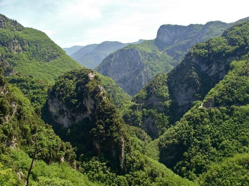 La Route des Grandes Alpes - Page 21 10189510
