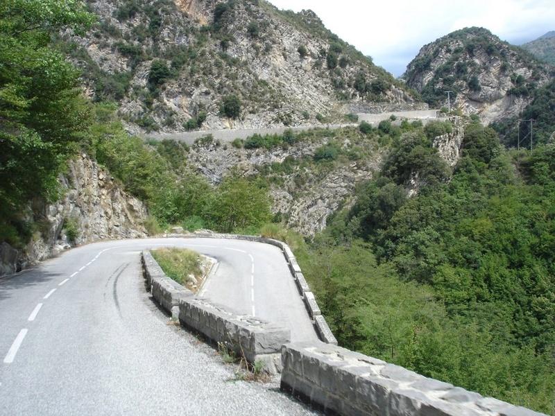 La Route des Grandes Alpes - Page 21 21365211