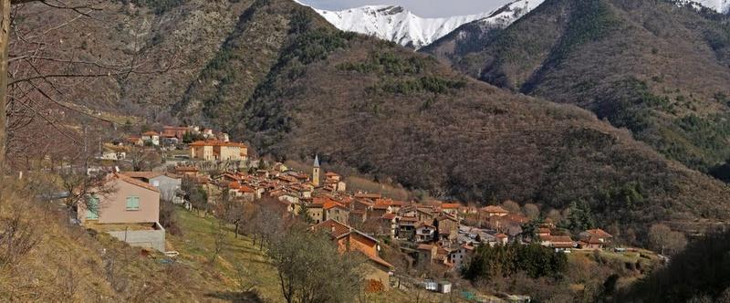 La Route des Grandes Alpes - Page 21 32728310