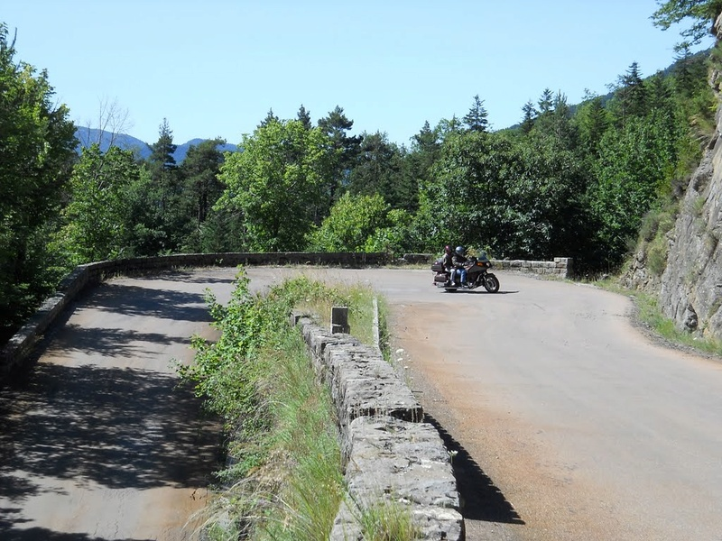 La Route des Grandes Alpes - Page 21 56661210