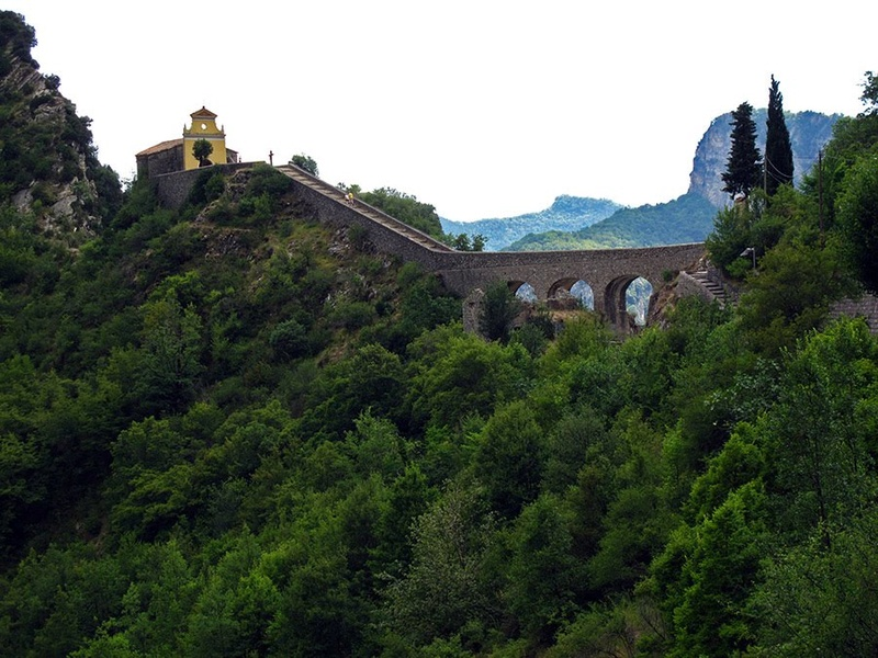 La Route des Grandes Alpes - Page 21 78134710