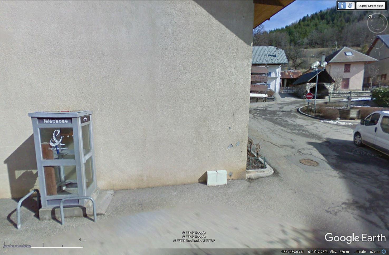 La disparition des cabines téléphoniques - Page 4 Tsge_708