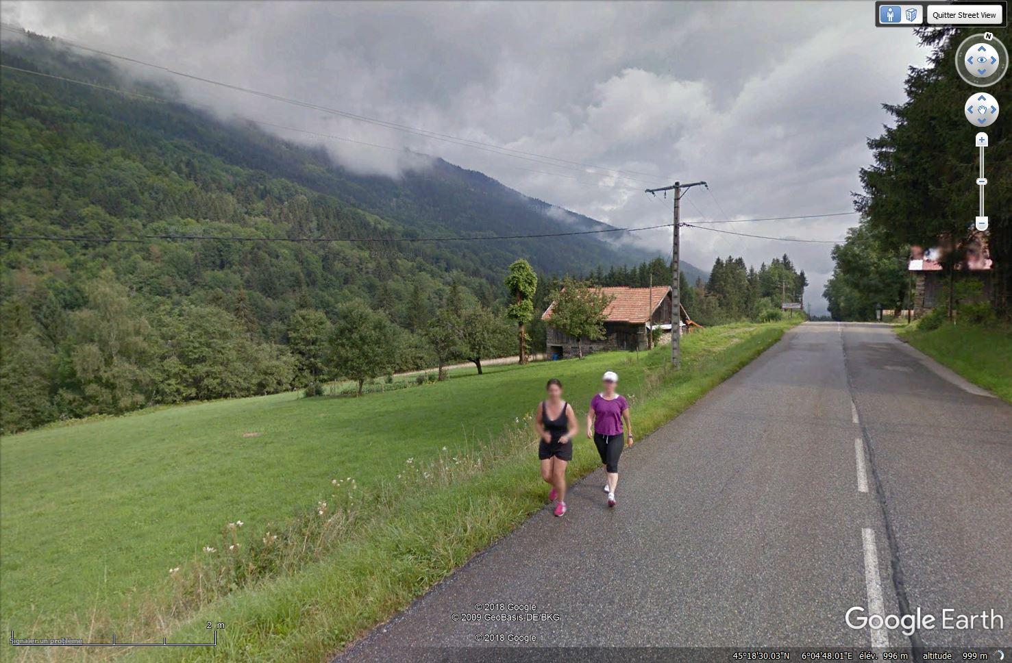 STREET VIEW : un coucou à la Google car  - Page 44 Tsge_790