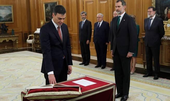 PEDRO SÁNCHEZ, SORPRESIVO NUEVO PRESIDENTE DE ESPAÑA Rou_ti10