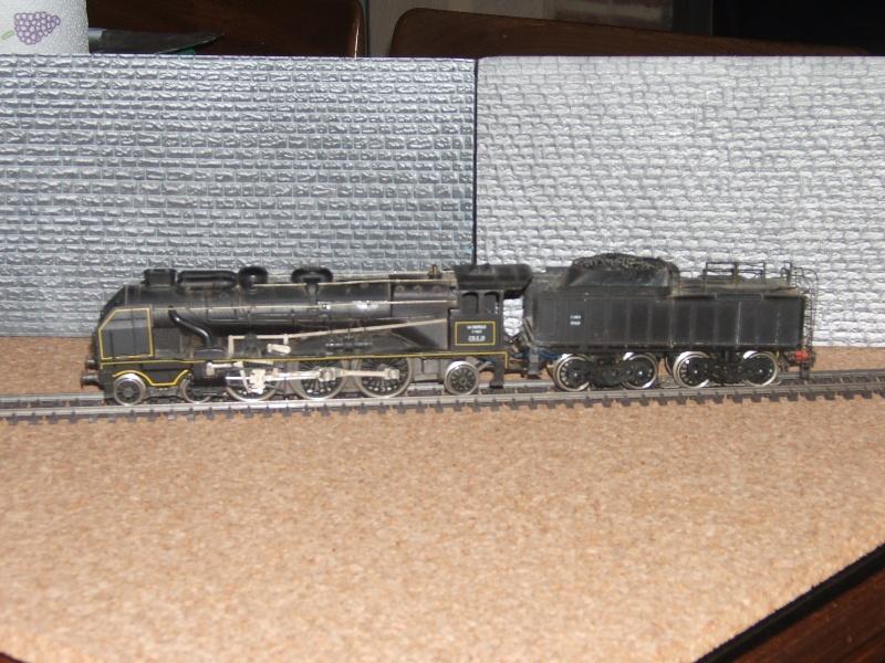 231 E Rivarossi en 3 rails. Trains12