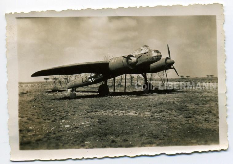 Terrains factices et avions en bois... Avion_10