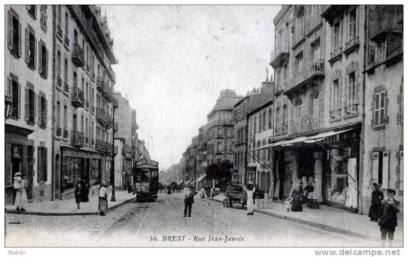 Juin 1940 à Brest... - Page 2 Brest_44