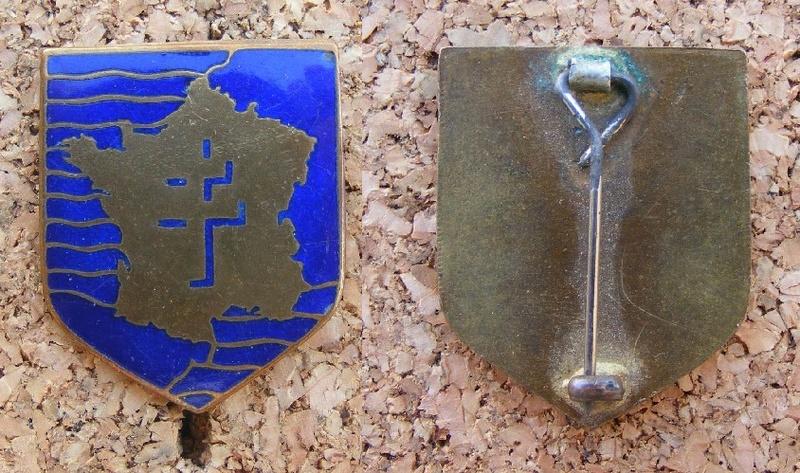 insigne 2e DB porté lors de la Libération de Paris Db_2_210