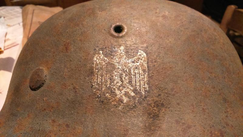 Casque allemand - Insigne Dsc_1412