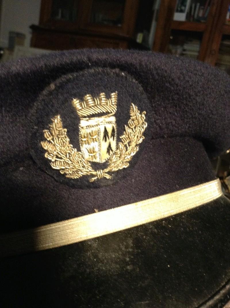 Identification insigne sur casquette Receiv15