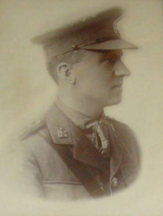 Capitaine William Henry Davis (aumônier canadien) Capita11