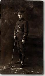 Le capitaine Bellenden S. Hutcheson Capita13