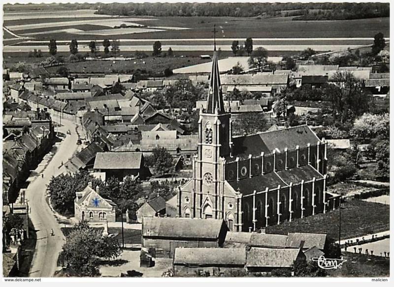 L'EGLISE de Le Quesnel : église Saint léger. Vue_ae11