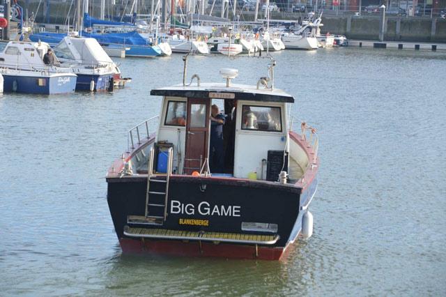"""Big Game : le bateau de nos amis """"chipie"""" et """"hérisson"""" 20413911"""