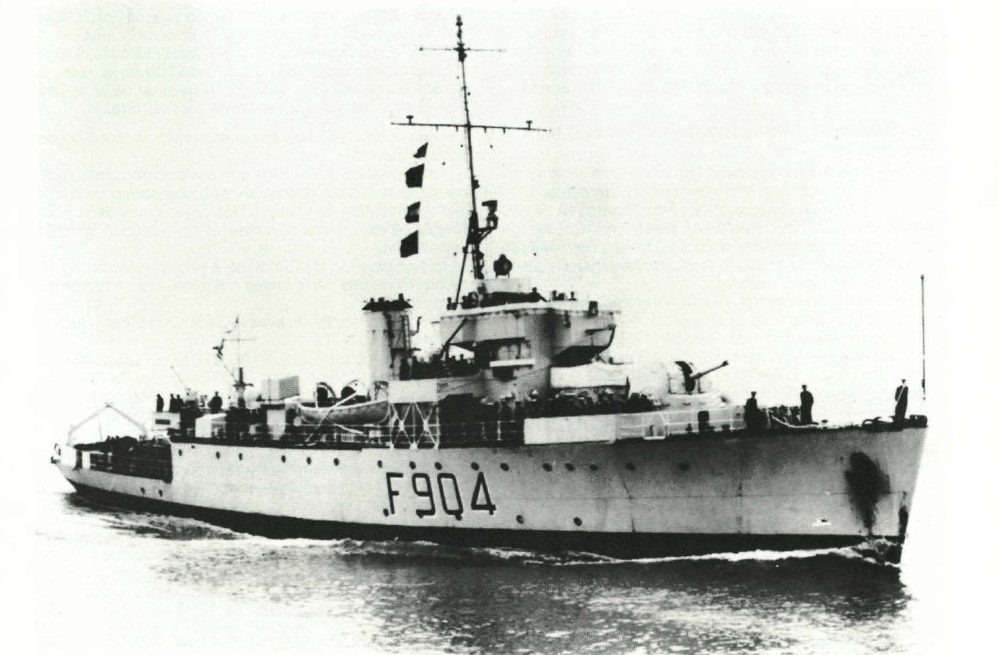 M/F 904 Debrouwer (ex HMS Spanker) - Page 5 M917_c10