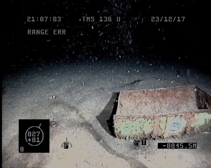 Recherche du sous-marin argentin disparu: les news (1) - Page 36 Vvvvvv16