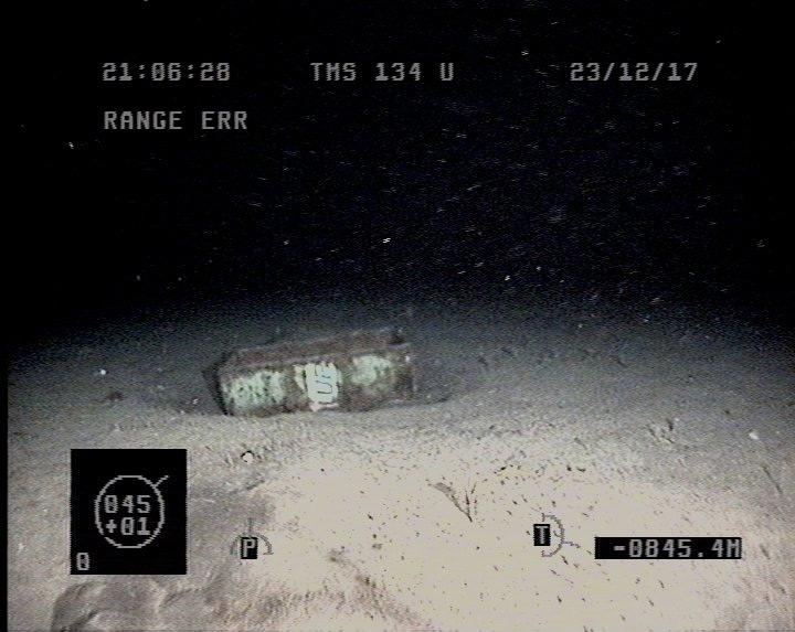 Recherche du sous-marin argentin disparu: les news (1) - Page 36 Vvvvvv17
