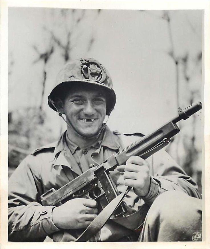 Les Images de la Seconde Guerre Mondiale - Page 17 1945_u10
