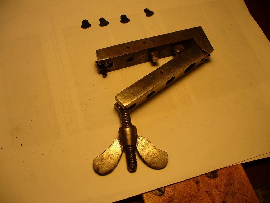 Outils d'horlogerie antiques? - Page 4 Out_re10